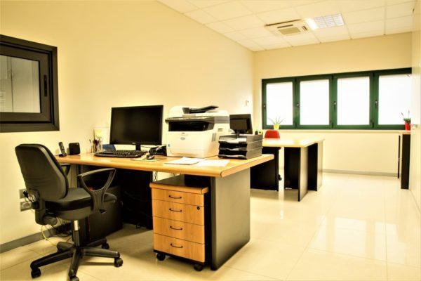 Ufficio tecnico officina metalmeccanica